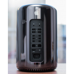Apple Mac Pro 8-core Xeon E5 3.0GHz 16GB 256GB Dual FirePro D700 6GB each (Early 2017)