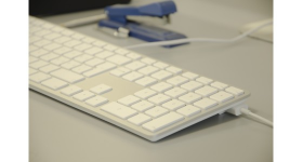 LMP Apple Style USB Keyboard with numeric keypad english UK (QWERTY)